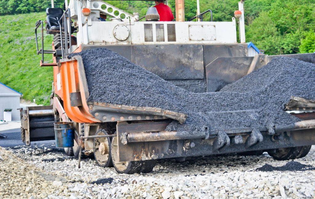 unloading road asphalt
